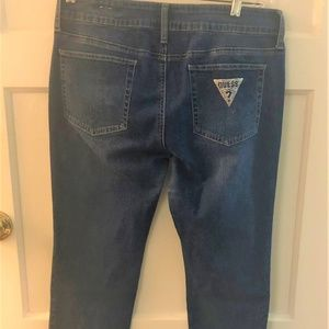 Guess Mid rise straight leg jean